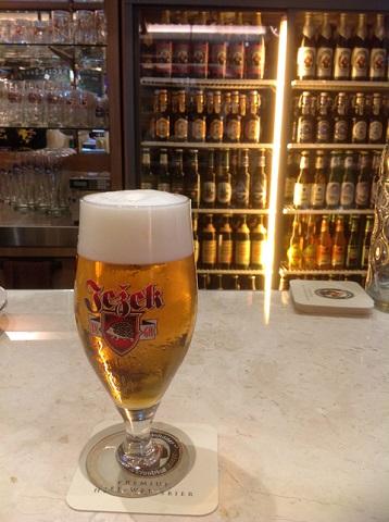世界のビール.jpg