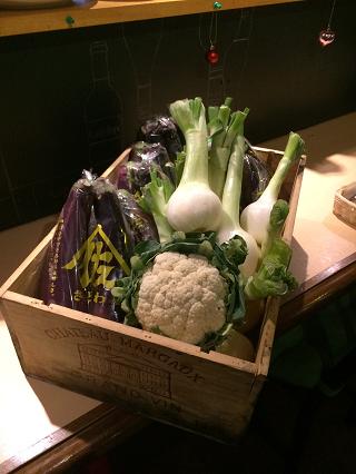 宮崎の農家から直送された野菜類.png